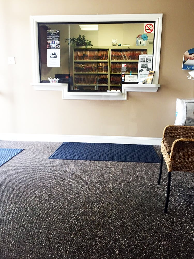Mayfield Chiropractic West waiting room